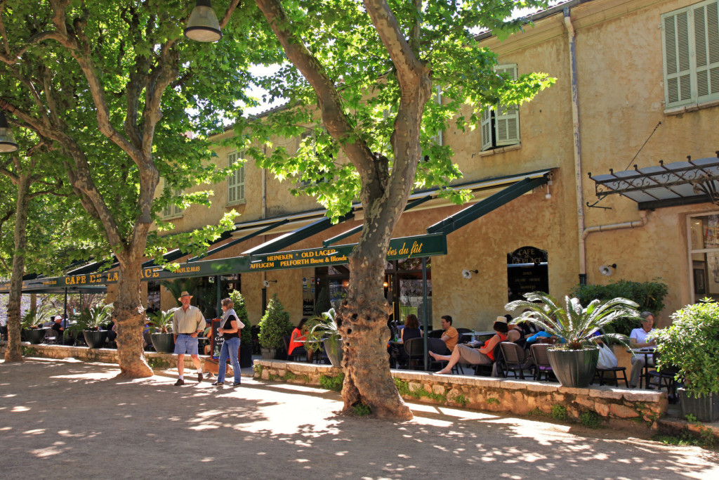 Cafe Place St Paul de Vence